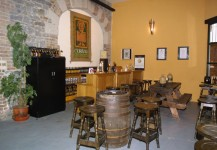 Die Bar in O'Hara's Brauerei in Bagenalstown