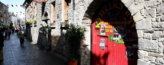 Mittelalterliches Kilkenny und Grab von St. Nikolaus