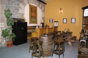 Die Bar in O'Hara's Brauerei in Bagenalstown